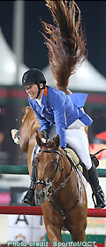 Gerco Schröder riding LONDON in the Gucci Grand Prix of Abu Dhabi - Photo: Sportfot/GCT